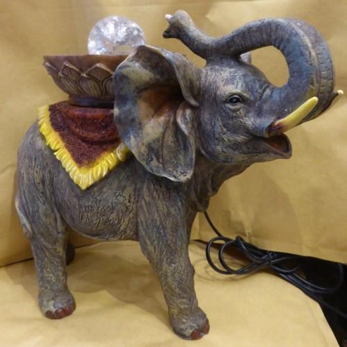 Συντριβάνι με τη μορφή ελέφαντα